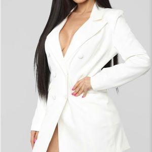 White sophisticated blazer